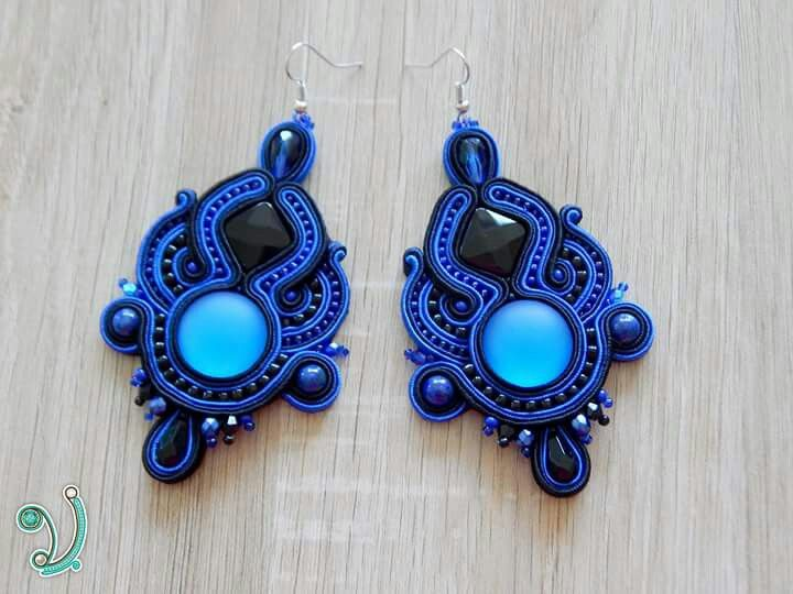 Blue and black soutache earring