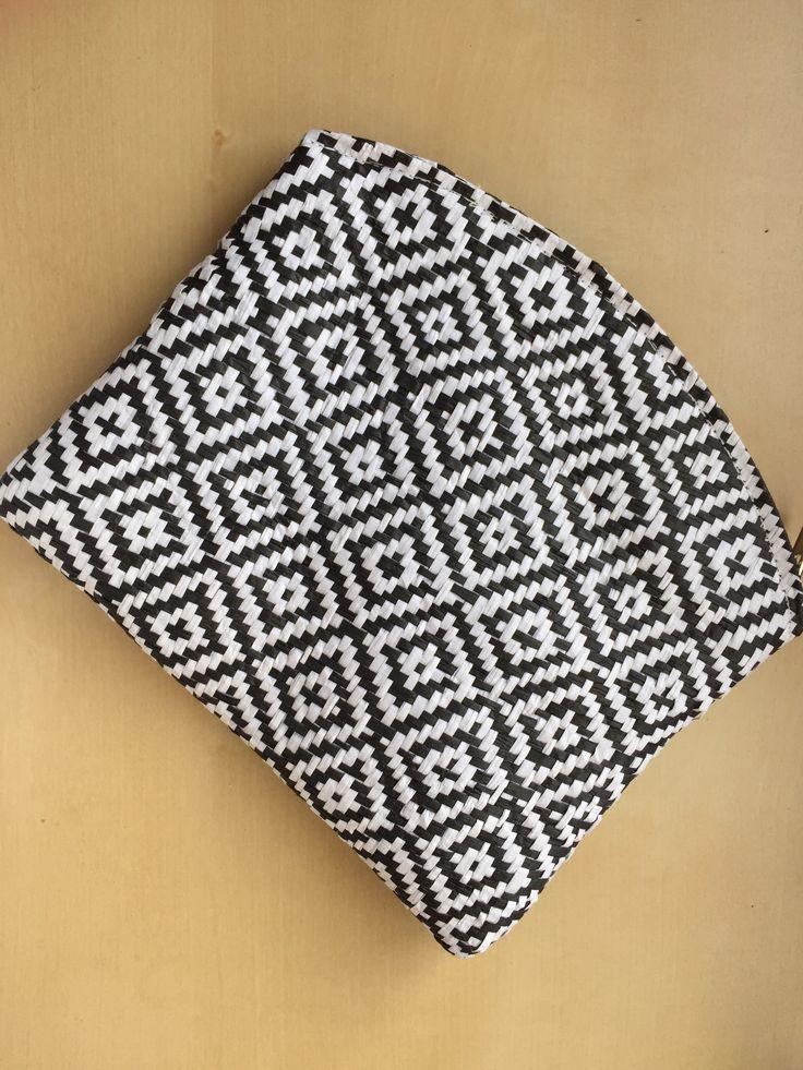 VIDA Statement Bag - TapestryFox Bag by VIDA jj3vD