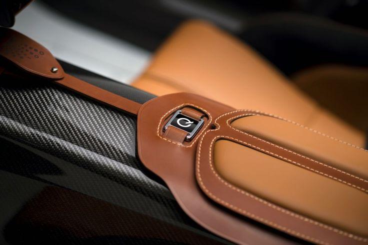 Gallery | Aston Martin CC100