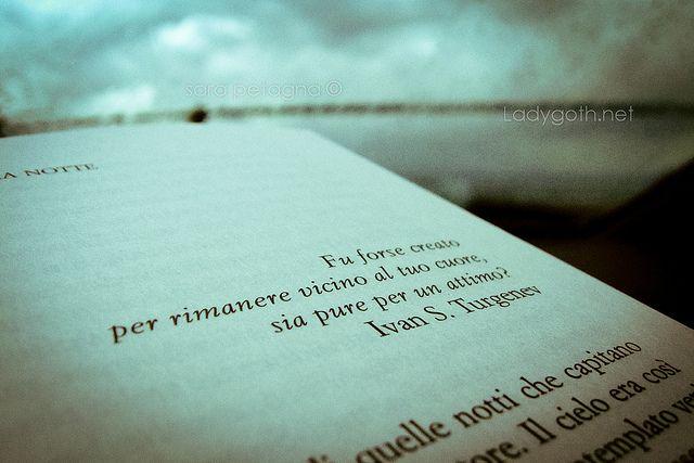 [Racconto] Le notti bianche di Fëdor Dostoevskij Fu creato forse allo scopo di rimanere vicino al tuo cuore sia pure per un attimo? Ivan S. Turgenev  Le notti di bianche, di Fëdor Dostoevskij  NOTTE PRIMA: