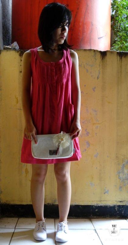 #Linen #MiniDress #Pink #Clutch #bag #white #Shoes #sneaker #white