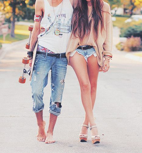 I'm making my future boy friend dress like this and carry a longboard. no question.