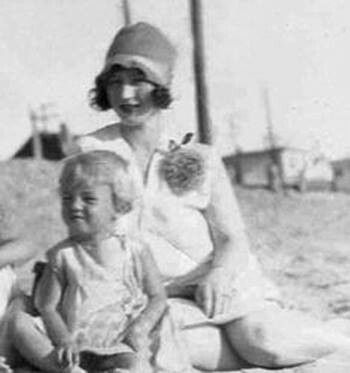 Norma Jean and her mother on the beach. | Marilyn Monroe ...