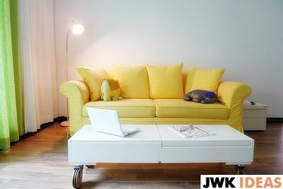 OMG I am in love with this sofa. Seriously my heart just did a happy dance! :)