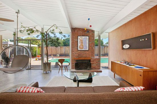 1960s midcentury Eichler home in Concord, California, USA