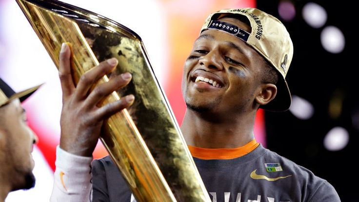 Clemson QB Deshaun Watson declares for NFL draft: 'It's my time to go'