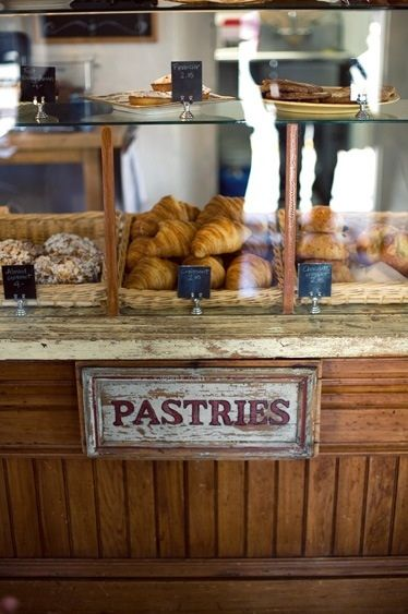 Best 25 Pastry Display Ideas On Pinterest Bakery