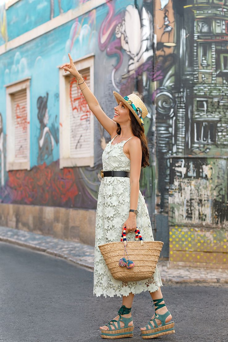Amazed by every corner of Faro!<3 See this post and my mint crochet dress, here on my blog: http://larisacostea.com/2017/07/faro/