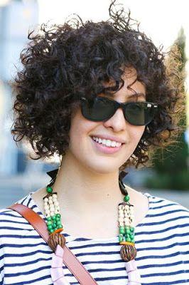 la moda en tu cabello peinados de moda con rizos cortos