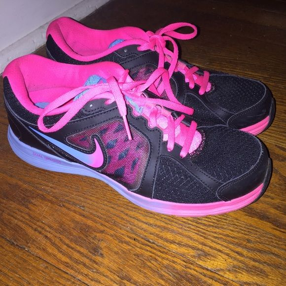 "Nike Dual Fusion Sneakers! Multicolor Nike Dual Fusion's that have a pink to blue ""ombré"" design! Only worn a couple times and in really great condition  Nike Shoes Sneakers"