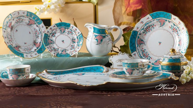 The birth of Tupini (TCA) Décor in 1870 was inspired by Arabian ceramics glittering in enamel colours. Borrowing just a handful of motifs from the mysterious Orient, the masters of Herend have conjured up the heated, spicy, intoxicating fairy world of the Arabian Nights.