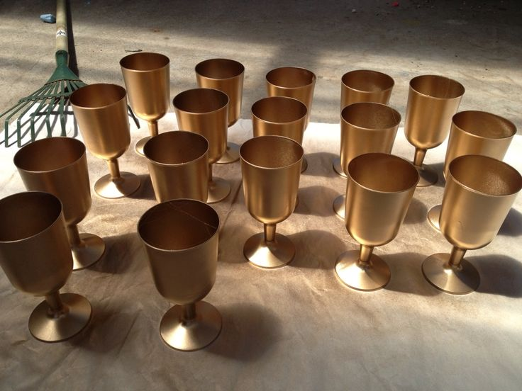 25 best ideas about plastic wine glasses on pinterest for Spray painting wine glasses