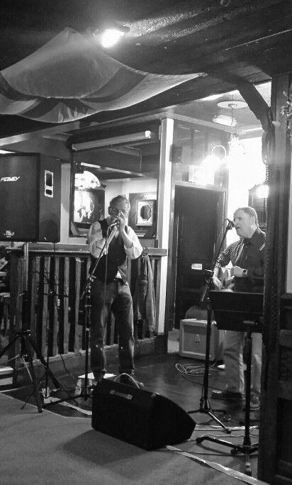 Rose & Crown music gig. U.K.