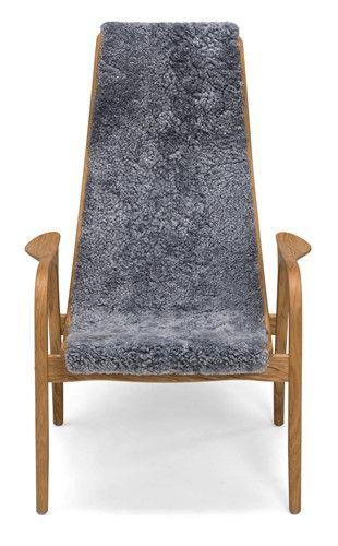 Lamino fåtöljer/fåtölj - I fårskinn och oljad ek - Svenska Hem
