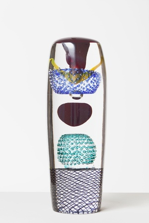 Tuo musta pallo  Oiva Toikka  2012  43 x 17 cm  Hand blown glass  GF 6088