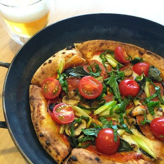 レシピとお料理がひらめくSnapDish - 18件のもぐもぐ - 自宅でなんでものせピザ。お庭のバジルまたまた大活躍。 by Keiko