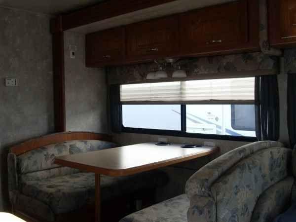 2005 Used Coachmen leprechaun Class C in Ohio OH.Recreational Vehicle, rv, 2005 COACHMEN leprechaun, leprechaun 2005 COACHMEN leprechaun, nice camper. 2005 COACHMEN LEPRECHAUN 31' CLASS C MOTOR HOME