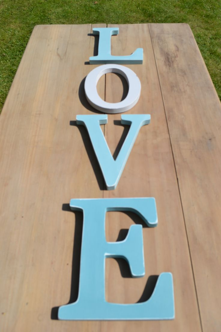 L-O-V-E these shabby chic letters.