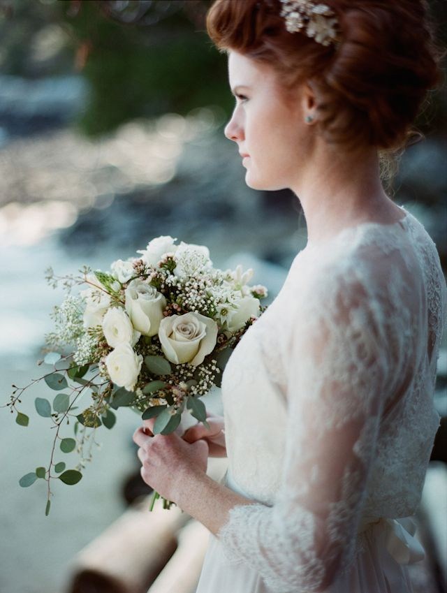 Textural bridal bouquet with roses | Kirill Bordon Photography | see more on: http://burnettsboards.com/2014/06/west-coast-bridal-inspiration-shoot/ #bridals