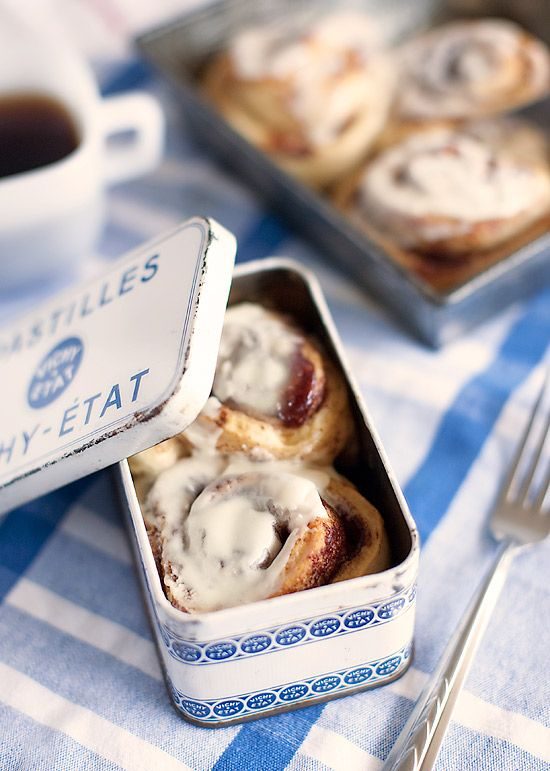 A pretty french tin, I found at the etsy store, LaManche adds some unexpected flair to refrigerated cinnamon rolls. As dose the unique vintage baking pan I picked up at an estate sale. Function and form.