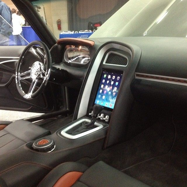 ipad console dash interior complete extreme performance miranda built nova innenraun. Black Bedroom Furniture Sets. Home Design Ideas