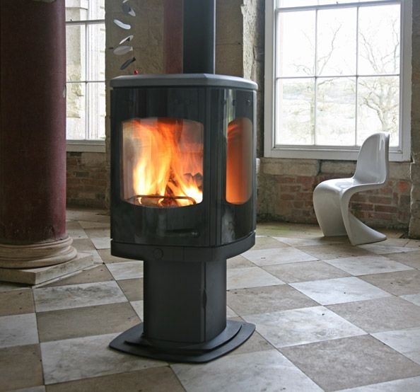 The Charnwood Tor Is A Contemporary Wood Burning Stove That Offers Spectacular View Of Fire Larger Version Pico