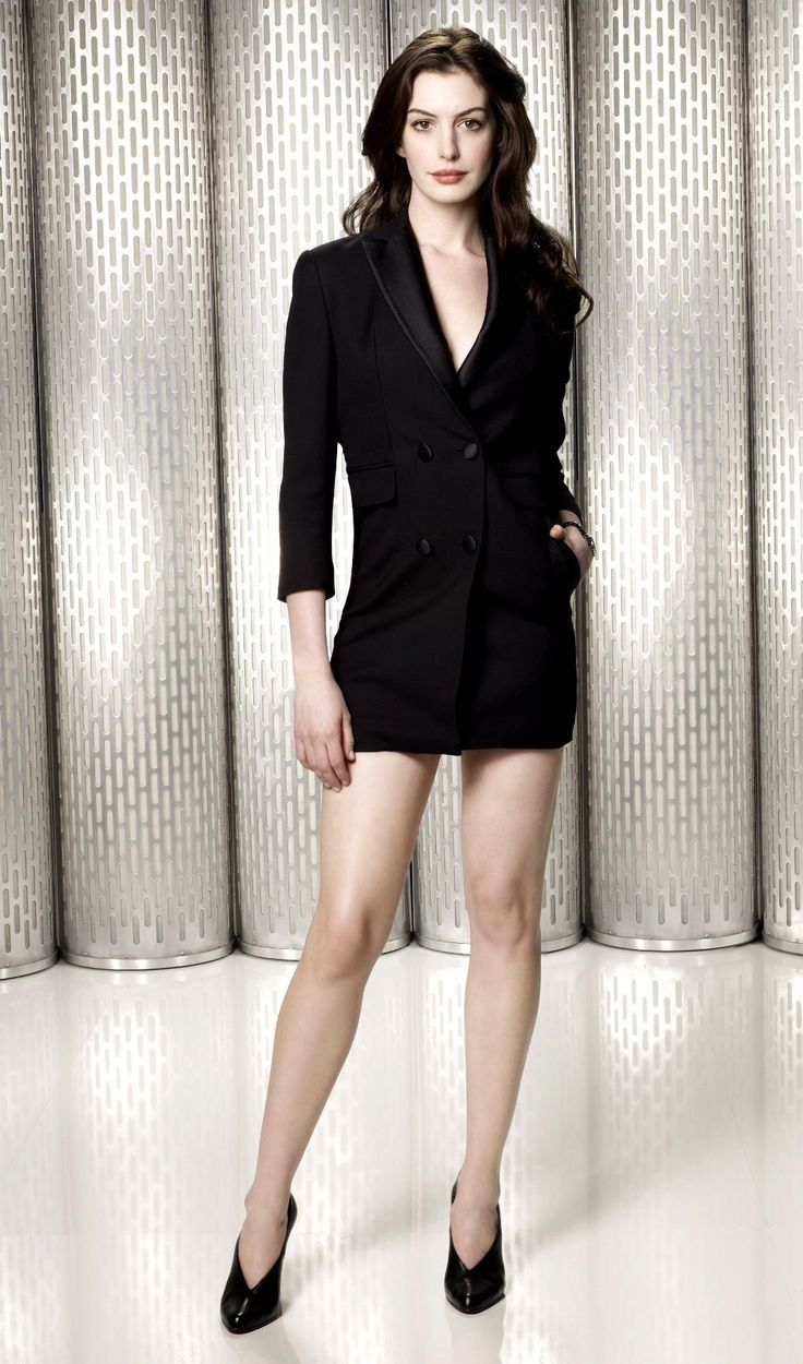 The anne hathaway legs entertaining
