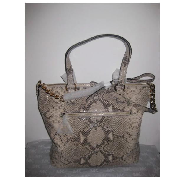 www.cheapdesignerhub com michael kors sale, michael kors outlet online, kors by michael kors, michael kors totes, michael kors store, michael kors outlet on sale, gucci, michael kors bags store, michael kors satchel, michael kors grayson, michael kors shoes on sale