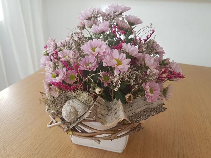 Dekorace jaro živé kvetiny