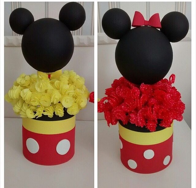 how to decorate wedding cake minnie and mickey centerpiece mickey and minnie cakes 4918