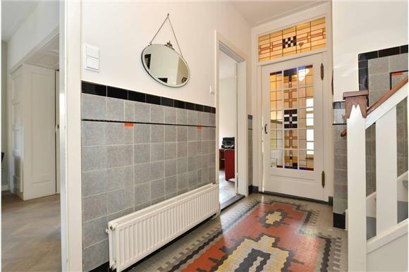 Oog in al entree jaren 30 tegels jaren 20 jaren 30 woning tegels badkamers - Deco entreehal ...