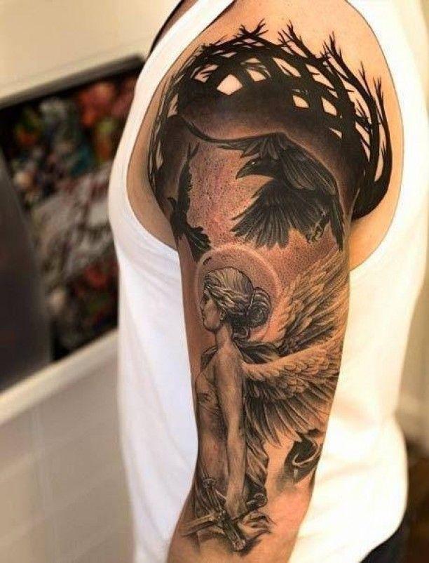Rabe mit Engel Frau Tattoo