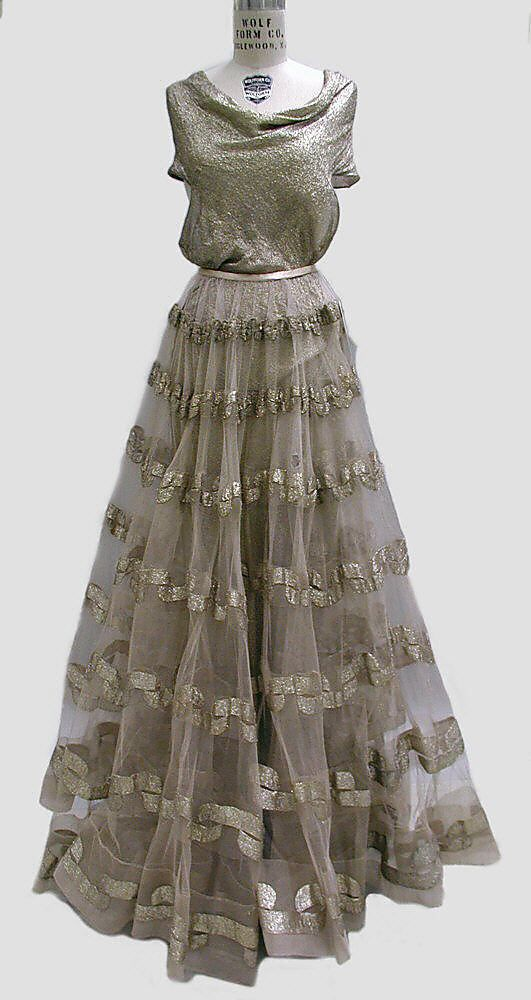 Evening dress Madeleine Vionnet (French, Chilleurs-aux-Bois 1876–1975 Paris) Date: fall/winter 1938–39 Culture: French Medium: metal thread