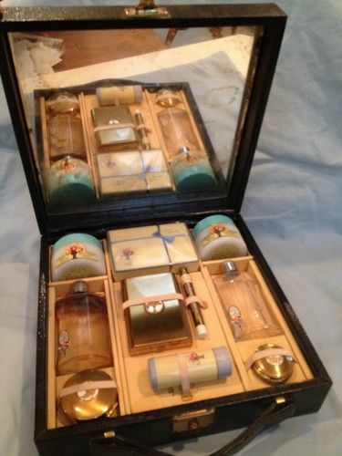 vintage cosmetics set in case unused, Cara Nome