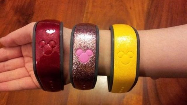 Five Ways to Personalize Your Magic Band - Disney Dining Information