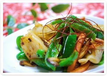お野菜も一緒に召し上がれ♪餃子の野菜味噌だれ炒め
