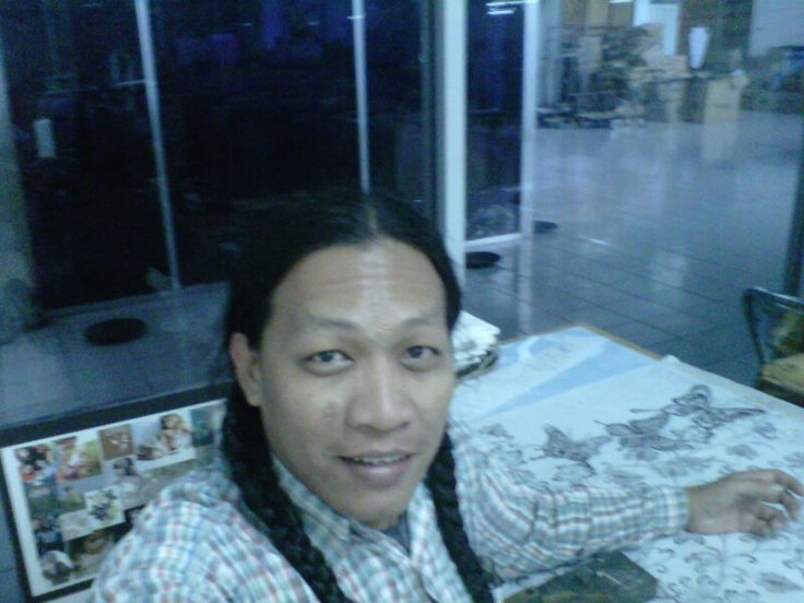 #its me in workshop batik sketch.. Lol