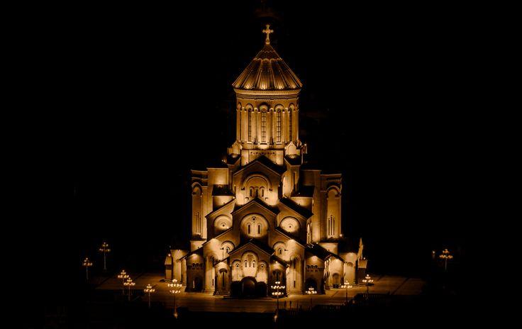 The Sameba Trinity Cathedral, Tbilisi, (Georgia), at night
