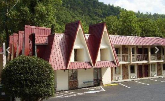 Dog Friendly Motel in Gatlinburg, TN - The Motel 6 Gatlinburg Smoky Mountains is nestled next to the Great Smoky Mountains National…