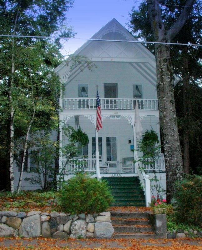 107 best Bay View s Historic Cottages images on Pinterest