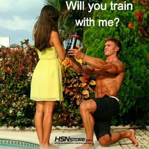 ¿Quieres... entrenar conmigo? #fitness #motivation #motivacion#gym #musculacion #workhard#musculos #fuerza #chico #chica#chicofitness #chicafitness #sport #funny #divertido #training #wedding #train