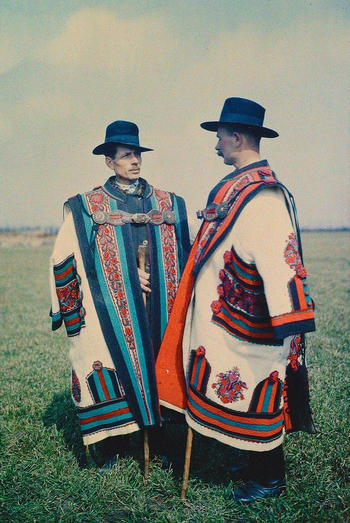 1929, Hungarian cowherds in cifraszűr (see older mantle next to this)