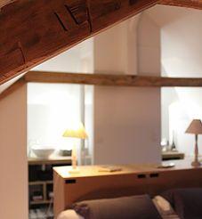 Suite parentale, combles aménagés, salle de bain sous combles dans chambre, carreaux de ciment, douche double accès. Ronan Cooreman, Architecte d'intérieur Lille.