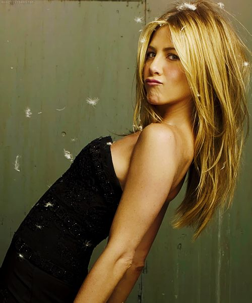Jennifer Aniston length & cut