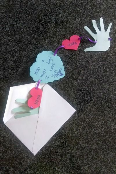 Grandparents Day Craft: Homemade Hug Greeting Cards!