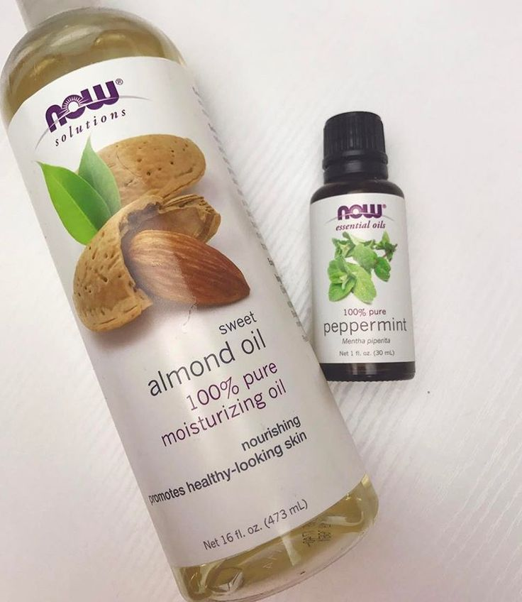 Currently ➰ Been loving this mixture for my scalp massages lately. I mix 1 tsp of Almond oil + 3-5 drops of Peppermint oil in my hands and then massage it into my scalp for around 5 minutes ⏰.. super relaxing! This mixture helps moisturize the scalp and stimulate hair growth. I do this 2-3 times a week. Do you do scalp massages?? What oils do you use? #actuallyashly #scalpmassage