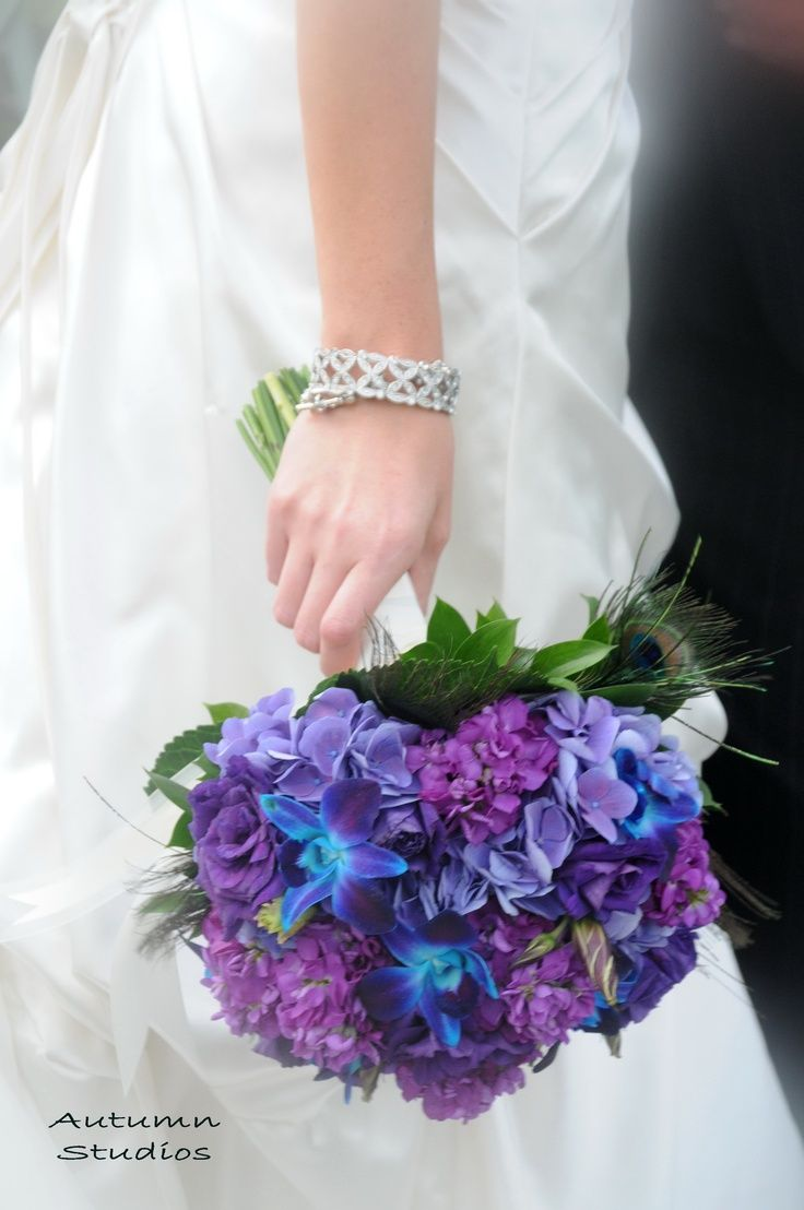 PERFECT to add one of Daddy's bandanas around for bouquet. hydrangea wedding bouquet...I love my purple!