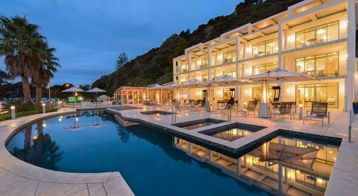 Paihia Beach Resort & Spa Hotel Paihia Paihia Beach Resort & Spa offers luxury boutique accommodation just 20 metres from picturesque Te Tii beach. All guest studios and suites feature a private balcony or patio offering stunning views towards the Bay of Islands. #australiahotels