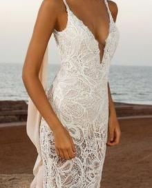 Our Ivory Guipure lace Spirit was used to make this dress.