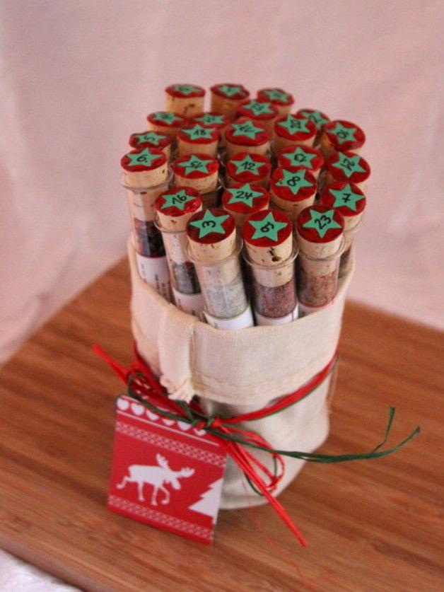 Adventskalender für Genießer mit Gewürzen im Reagenzglas, 24 Türchen bis Weihnachten / Advent calendar for connoisseurs with spieces in test tubes by HexenGIFTS via DaWanda.com